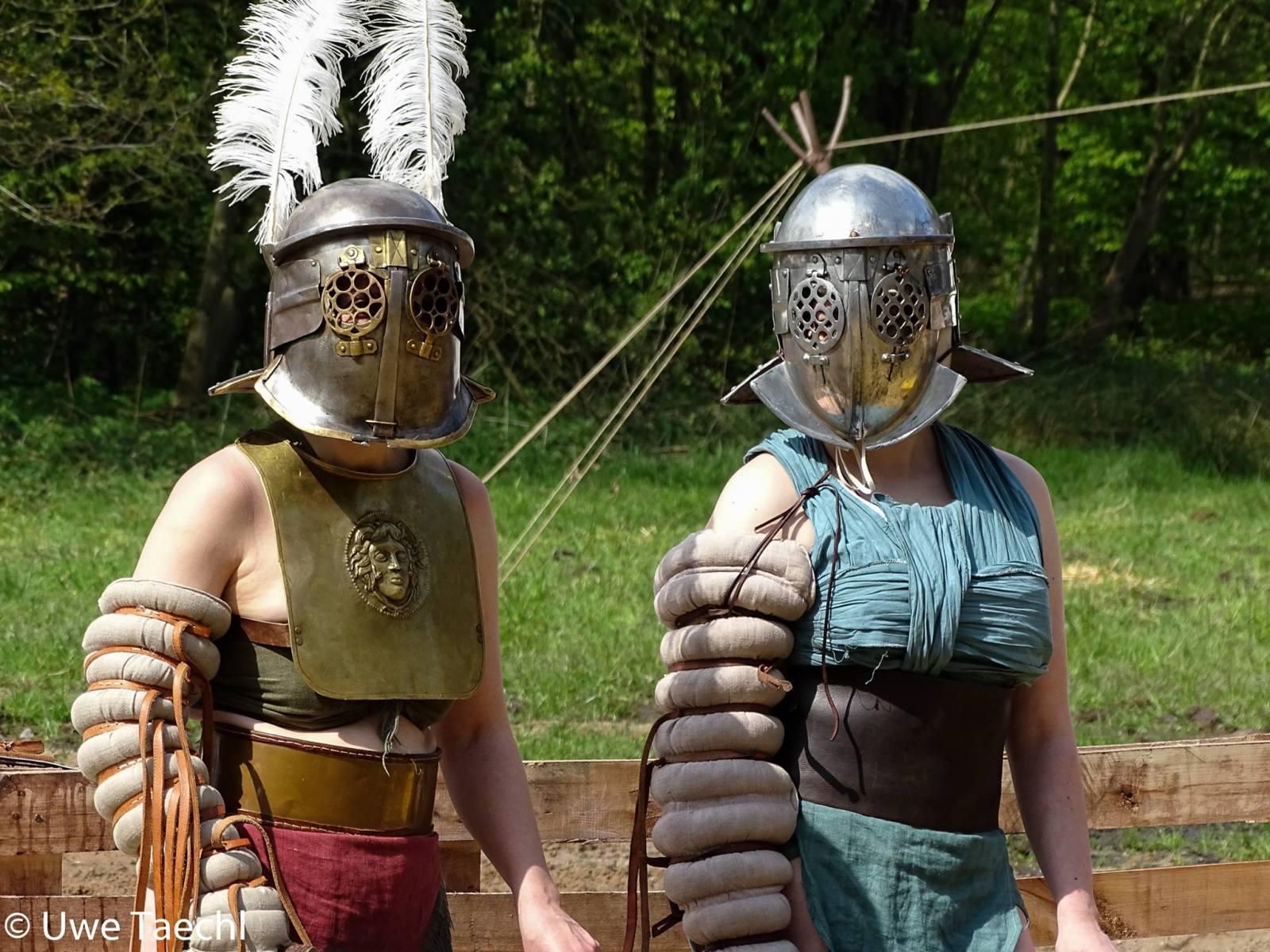 Gladiatrixes